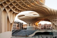 Metropol-Parasol-the-largest-wooden-structure-in-the-world.2