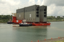 Massive-new-gates-Panama-canal1